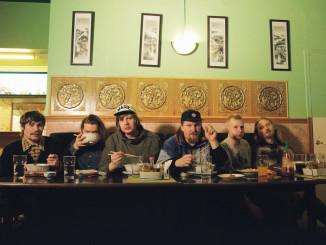 Teksti-TV 666:n debyyttialbumi Aidattu tulevaisuus  julkaistaan perjantaina.