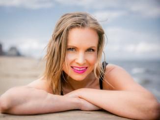 Aino Elina 2. Web Pic